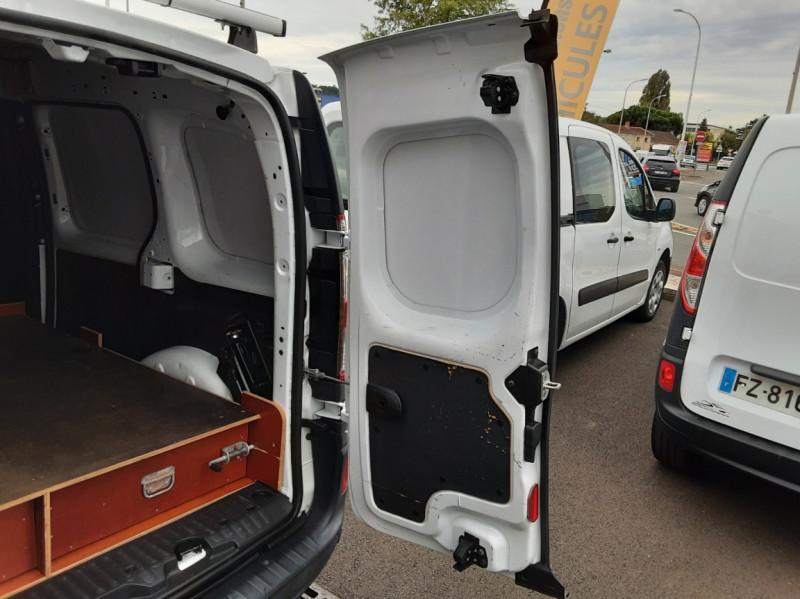 Photo 8 de l'offre de RENAULT KANGOO EXPRESS L1 1.5 DCI 90 EXTRA R-LINK à 10200€ chez Centrale auto marché Périgueux