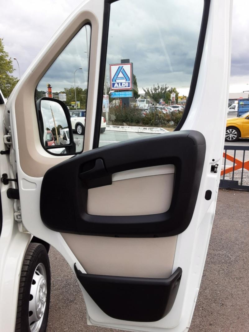 Photo 37 de l'offre de CITROEN JUMPER BENNE 35 L2 BLUEHDi 130 BVM6 CONFORT à 22990€ chez Centrale auto marché Périgueux