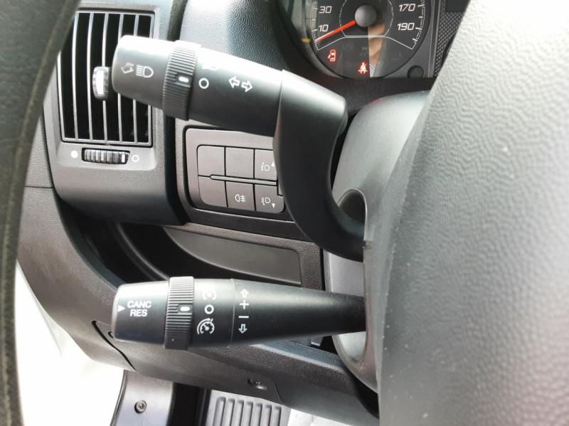 Photo 11 de l'offre de CITROEN JUMPER BENNE 35 L2 BLUEHDi 130 BVM6 CONFORT à 22990€ chez Centrale auto marché Périgueux