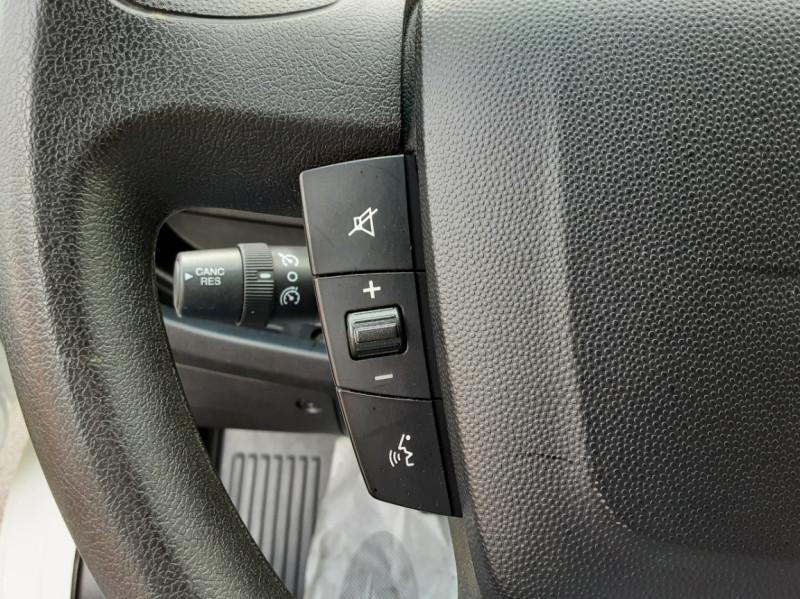 Photo 10 de l'offre de CITROEN JUMPER BENNE 35 L2 BLUEHDi 130 BVM6 CONFORT à 22990€ chez Centrale auto marché Périgueux