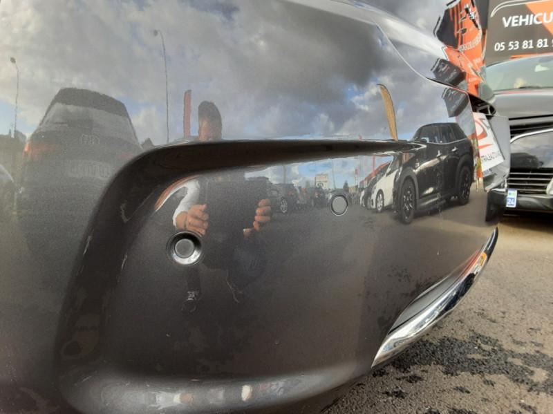 Photo 9 de l'offre de CITROEN C4 BlueHDi 120 SetS EAT6 Millenium à 12000€ chez Centrale auto marché Périgueux