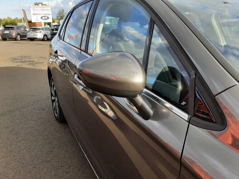 Photo 27 de l'offre de CITROEN C4 BlueHDi 120 SetS EAT6 Millenium à 12000€ chez Centrale auto marché Périgueux