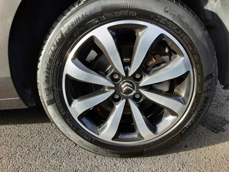 Photo 22 de l'offre de CITROEN C4 BlueHDi 120 SetS EAT6 Millenium à 12000€ chez Centrale auto marché Périgueux