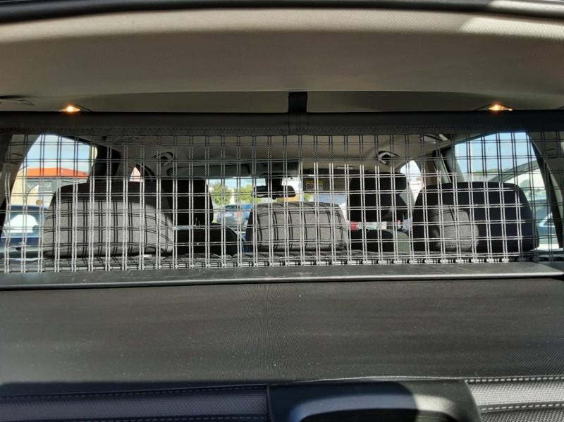 Photo 20 de l'offre de BMW X3 sDrive18d 150ch BUSINESS A à 23990€ chez Centrale auto marché Périgueux