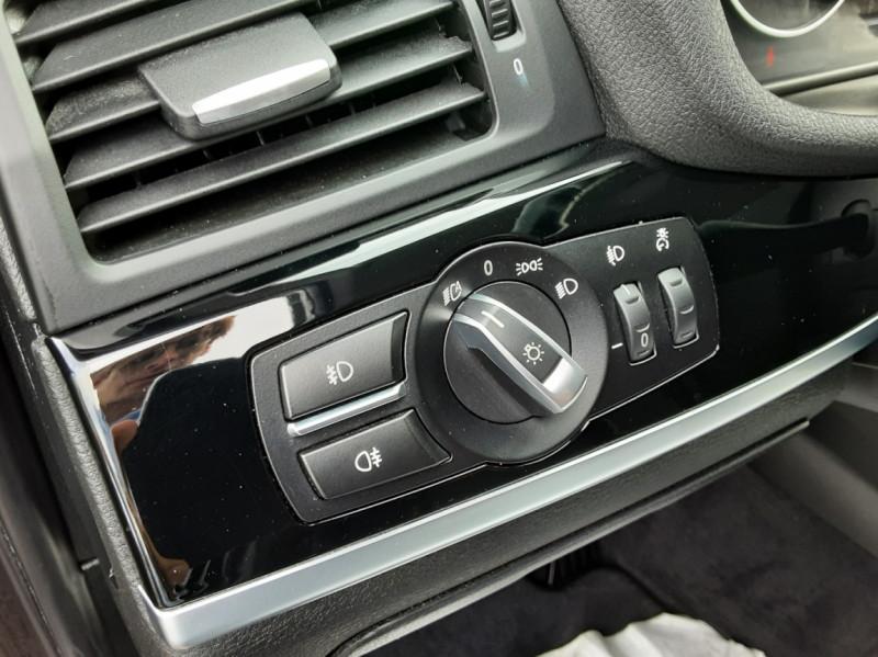 Photo 14 de l'offre de BMW X3 sDrive18d 150ch BUSINESS A à 23990€ chez Centrale auto marché Périgueux