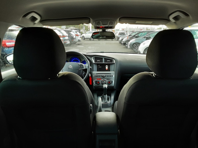 Photo 40 de l'offre de CITROEN C4 BlueHDi 120 SetS EAT6 Millenium à 12000€ chez Centrale auto marché Périgueux