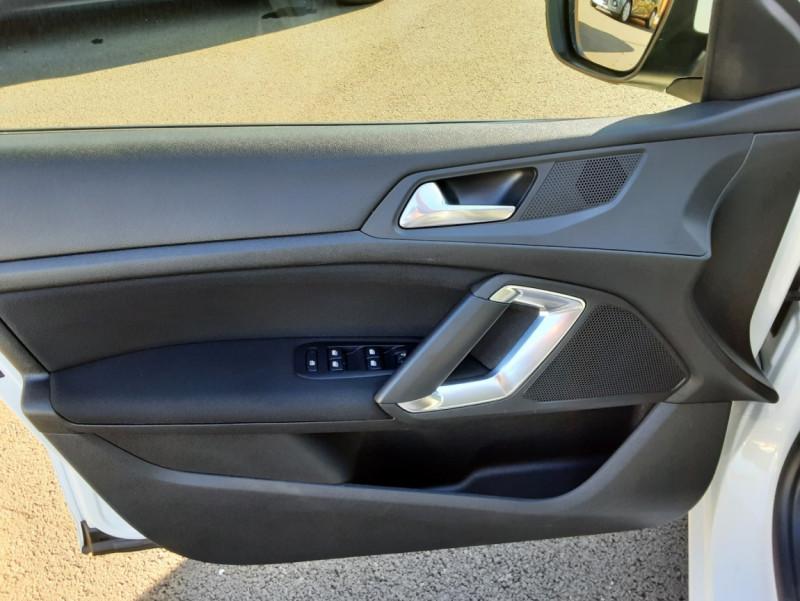 Photo 35 de l'offre de PEUGEOT 308 SW 1.6 BlueHDi 100ch SetS Active Business à 11690€ chez Centrale auto marché Périgueux