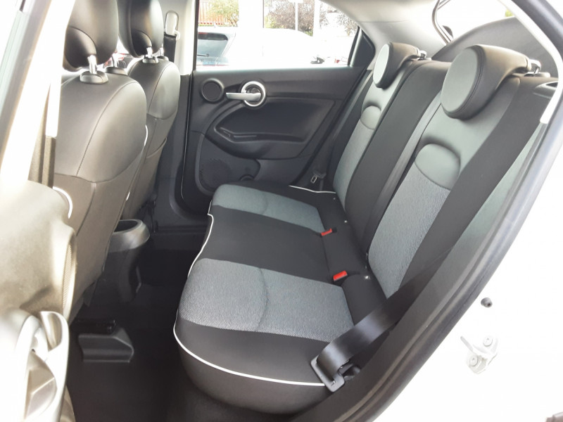 Photo 13 de l'offre de FIAT 500X 1.6 MultiJet 120 ch Popstar  à 17490€ chez Centrale auto marché Périgueux