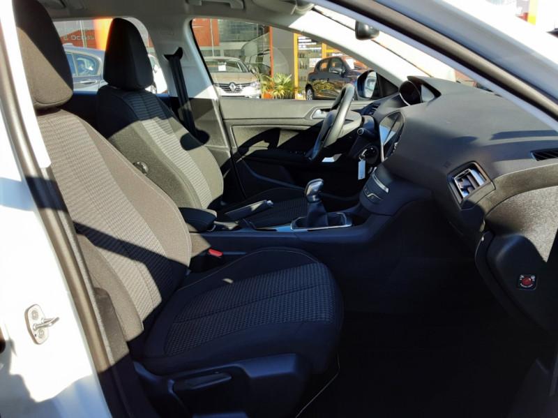 Photo 26 de l'offre de PEUGEOT 308 SW 1.6 BlueHDi 100ch SetS Active Business à 11690€ chez Centrale auto marché Périgueux