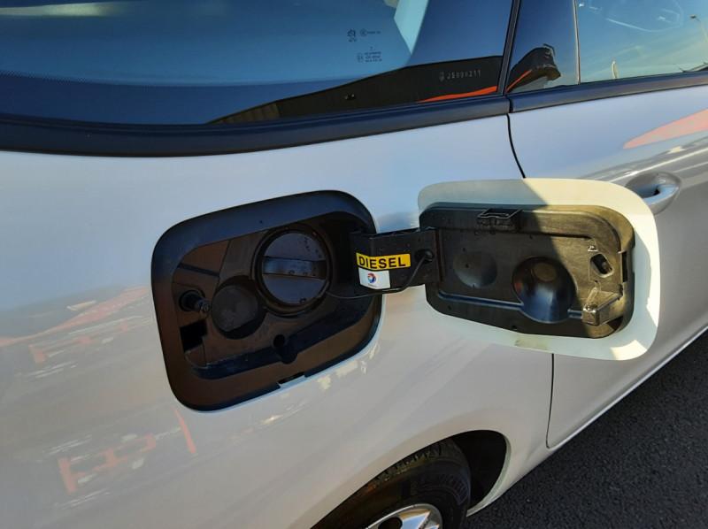 Photo 22 de l'offre de PEUGEOT 308 SW 1.6 BlueHDi 100ch SetS Active Business à 11690€ chez Centrale auto marché Périgueux