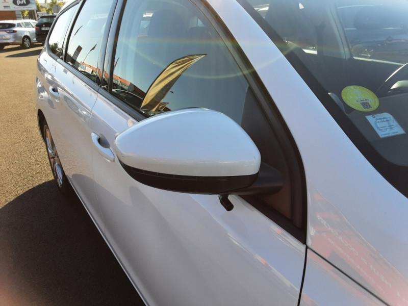 Photo 25 de l'offre de PEUGEOT 308 SW 1.6 BlueHDi 100ch SetS Active Business à 11690€ chez Centrale auto marché Périgueux