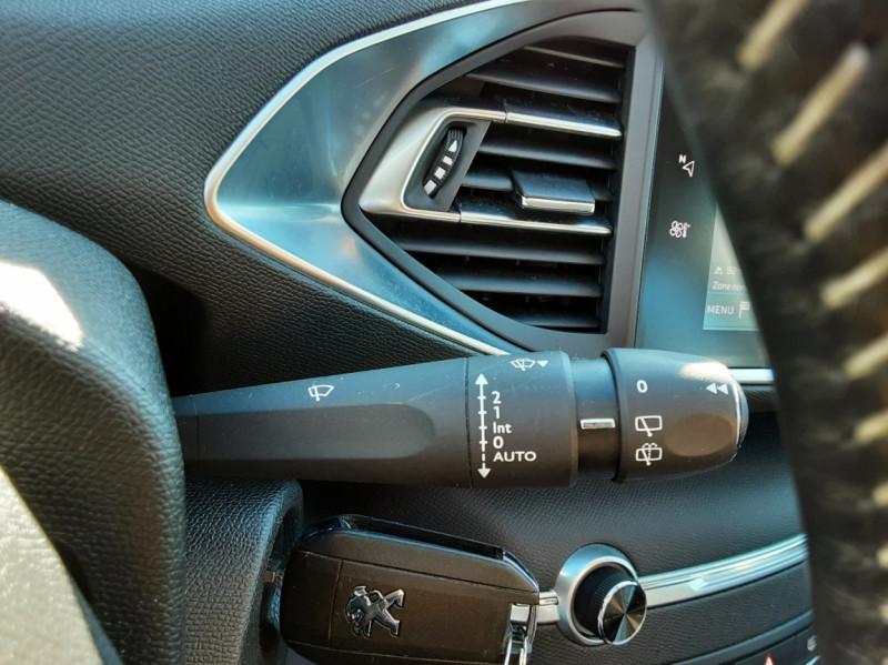 Photo 44 de l'offre de PEUGEOT 308 SW 1.6 BlueHDi 100ch SetS Active Business à 11690€ chez Centrale auto marché Périgueux