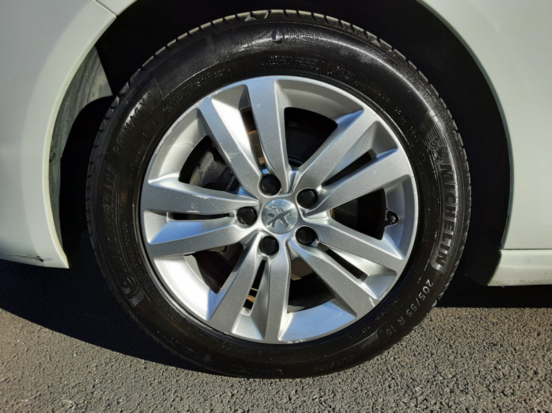 Photo 39 de l'offre de PEUGEOT 308 SW 1.6 BlueHDi 100ch SetS Active Business à 11690€ chez Centrale auto marché Périgueux