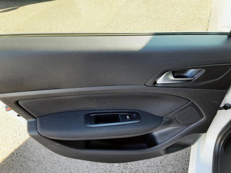 Photo 34 de l'offre de PEUGEOT 308 SW 1.6 BlueHDi 100ch SetS Active Business à 11690€ chez Centrale auto marché Périgueux