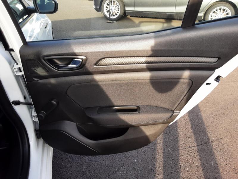 Photo 35 de l'offre de RENAULT MEGANE IV SOCIETE DCI 110 ENERGY AIR NAV 2P à 11500€ chez Centrale auto marché Périgueux