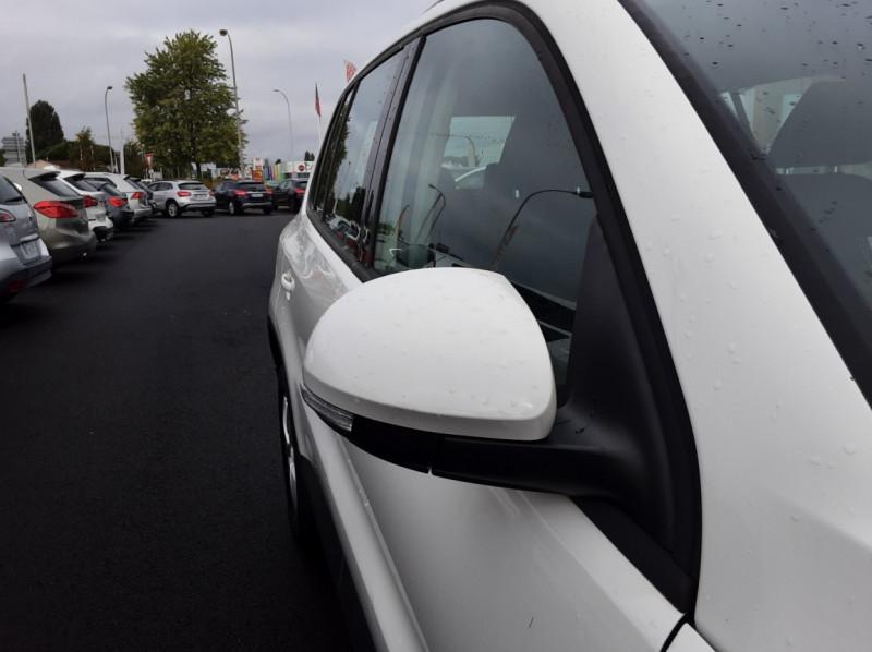 Photo 48 de l'offre de VOLKSWAGEN TIGUAN 2.0 TDI 110 FAP Bluemotion Technology à 6700€ chez Centrale auto marché Périgueux