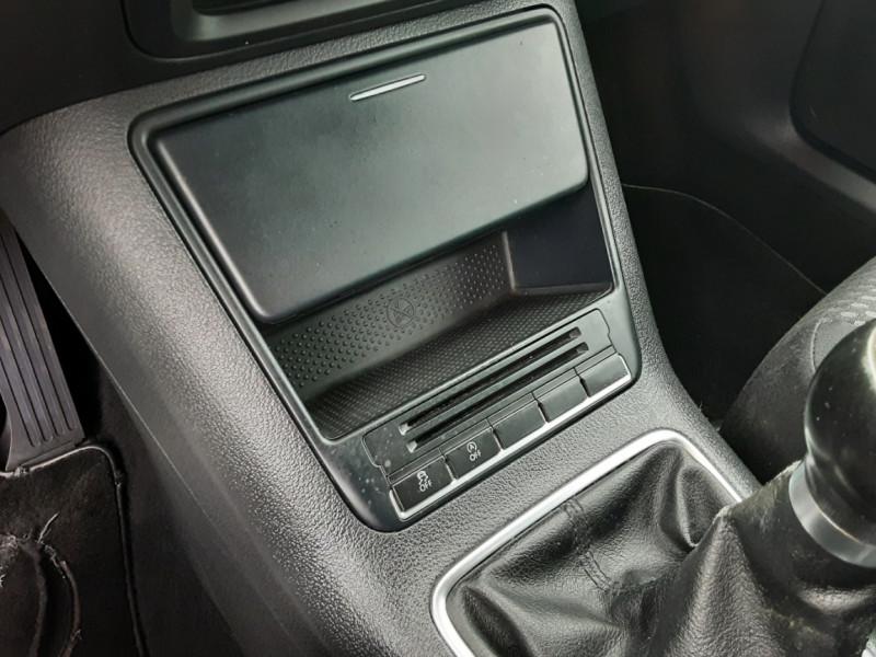 Photo 29 de l'offre de VOLKSWAGEN TIGUAN 2.0 TDI 110 FAP Bluemotion Technology à 6700€ chez Centrale auto marché Périgueux