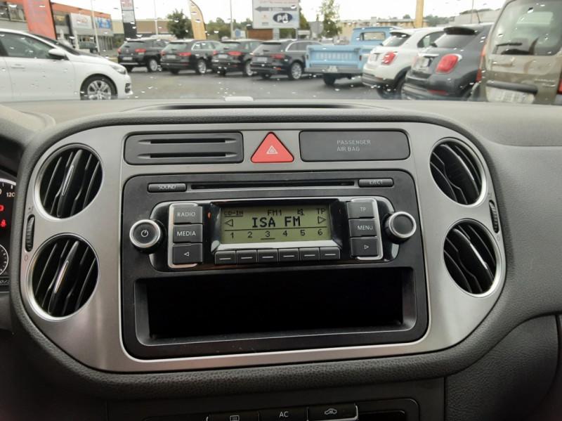 Photo 12 de l'offre de VOLKSWAGEN TIGUAN 2.0 TDI 110 FAP Bluemotion Technology à 6700€ chez Centrale auto marché Périgueux