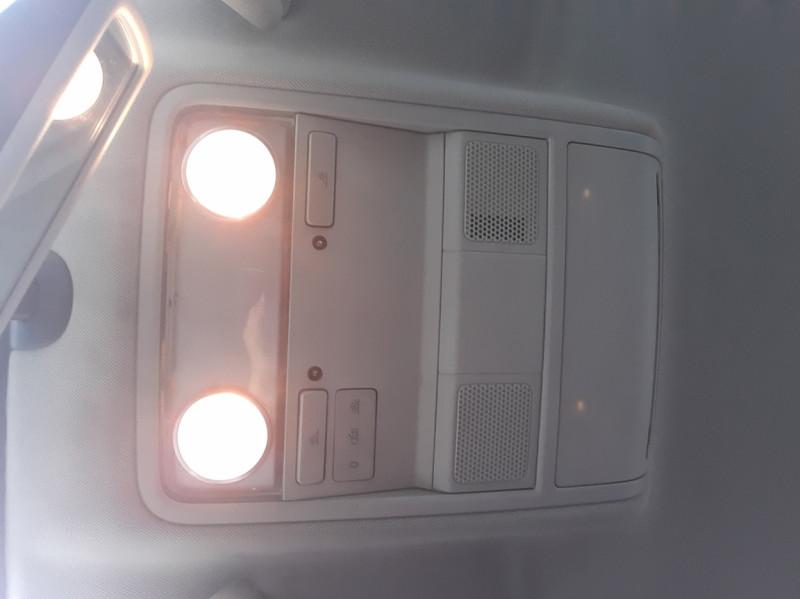Photo 40 de l'offre de VOLKSWAGEN TIGUAN 2.0 TDI 110 FAP Bluemotion Technology à 6700€ chez Centrale auto marché Périgueux