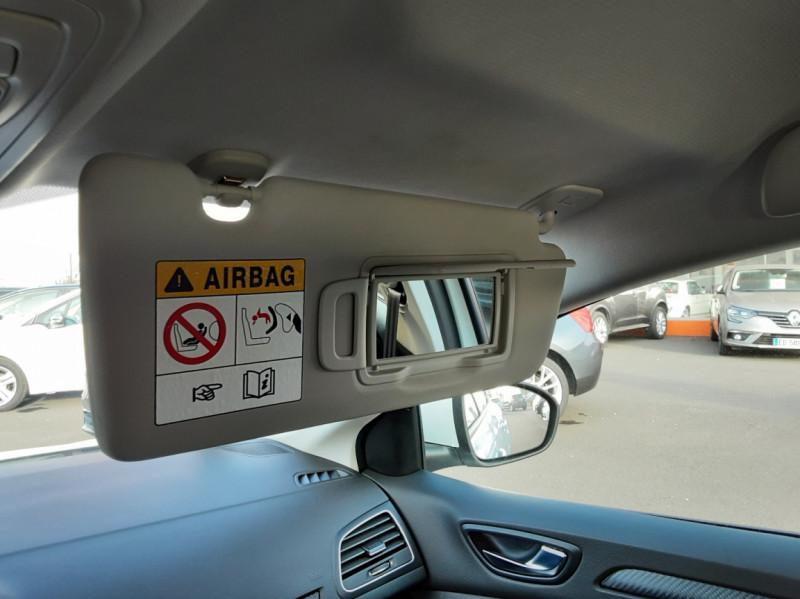 Photo 27 de l'offre de RENAULT MEGANE IV SOCIETE DCI 110 ENERGY AIR NAV 2P à 11500€ chez Centrale auto marché Périgueux