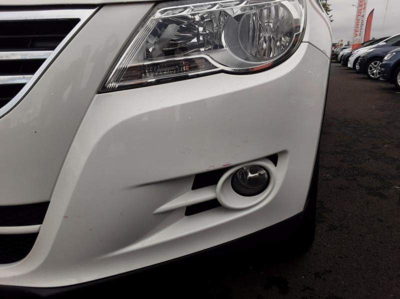 Photo 31 de l'offre de VOLKSWAGEN TIGUAN 2.0 TDI 110 FAP Bluemotion Technology à 6700€ chez Centrale auto marché Périgueux