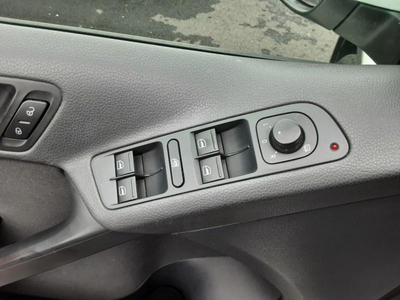 Photo 41 de l'offre de VOLKSWAGEN TIGUAN 2.0 TDI 110 FAP Bluemotion Technology à 6700€ chez Centrale auto marché Périgueux