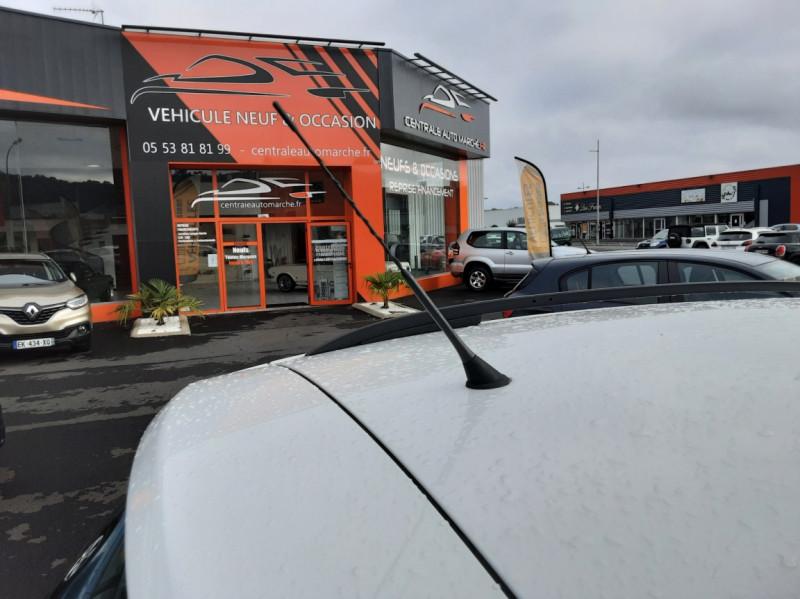Photo 37 de l'offre de VOLKSWAGEN TIGUAN 2.0 TDI 110 FAP Bluemotion Technology à 6700€ chez Centrale auto marché Périgueux