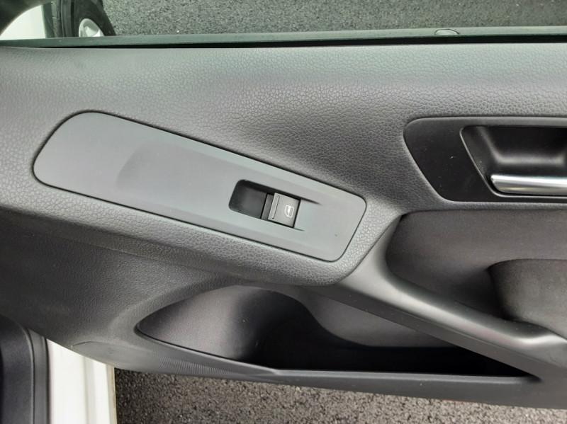 Photo 27 de l'offre de VOLKSWAGEN TIGUAN 2.0 TDI 110 FAP Bluemotion Technology à 6700€ chez Centrale auto marché Périgueux