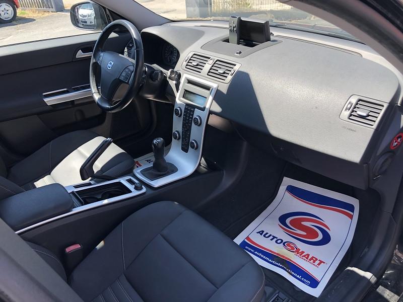 Photo 9 de l'offre de VOLVO S40  D2 115  BUSINESS EDITION GPS RADAR 1ERE MAIN à 7490€ chez Triplo auto