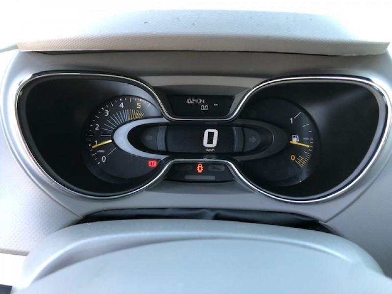 Photo 13 de l'offre de RENAULT CAPTUR 1.5DCI 90  INTENS S&S GPS GAR3MOIS à 8990€ chez Triplo auto