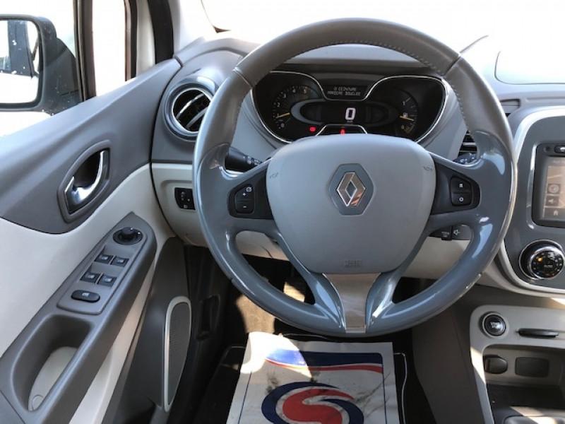 Photo 12 de l'offre de RENAULT CAPTUR 1.5DCI 90  INTENS S&S GPS GAR3MOIS à 8990€ chez Triplo auto