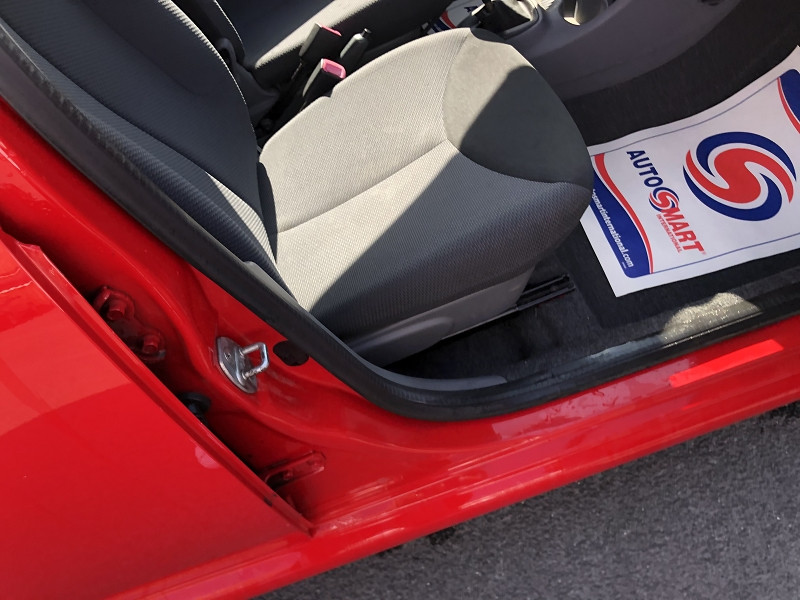 Photo 11 de l'offre de TOYOTA AYGO 1.0 68 CONFORT CLIM 5PORTES GAR3MOIS à 3850€ chez Triplo auto