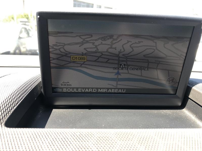 Photo 14 de l'offre de VOLVO S40  D2 115  BUSINESS EDITION GPS RADAR 1ERE MAIN à 7490€ chez Triplo auto