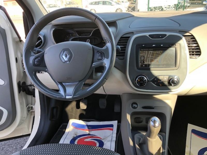 Photo 11 de l'offre de RENAULT CAPTUR 1.5DCI 90  INTENS S&S GPS GAR3MOIS à 8990€ chez Triplo auto