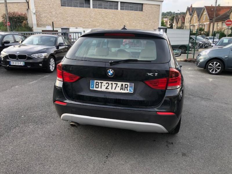 Photo 4 de l'offre de BMW X1  XDRIVE 204CV 23D E84 LUXE 4X4  à 9990€ chez Triplo auto