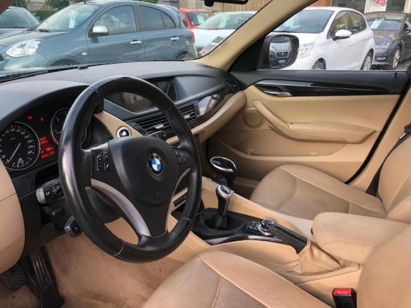 Photo 11 de l'offre de BMW X1  XDRIVE 204CV 23D E84 LUXE 4X4  à 9990€ chez Triplo auto