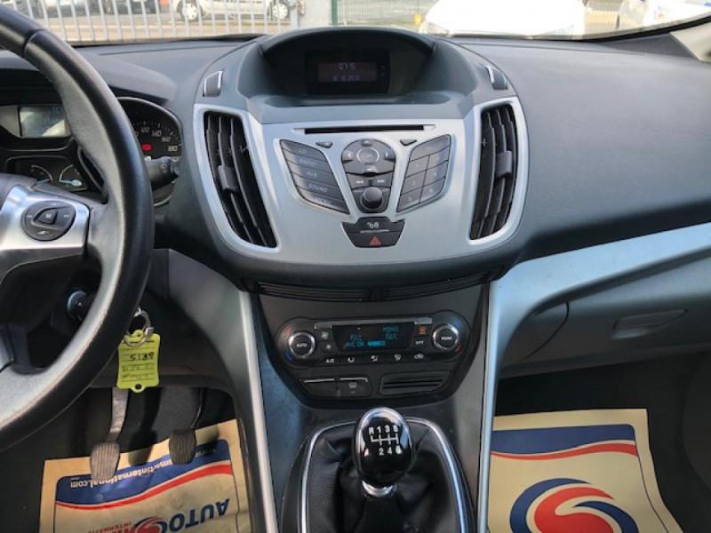 Photo 16 de l'offre de FORD C MAX 1.6 TDCI 95  TITANIUM 96343KM à 8650€ chez Triplo auto
