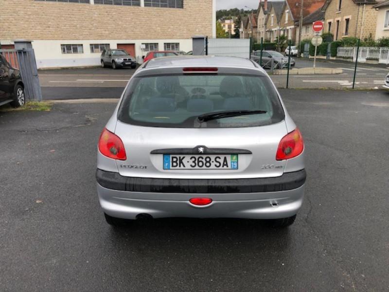 Photo 4 de l'offre de PEUGEOT 206  1.4HDI68  XLINE CLIM DISTRI OK GAR3MOIS à 3490€ chez Triplo auto