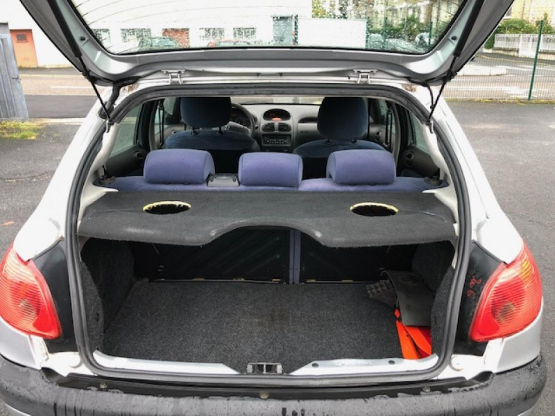 Photo 8 de l'offre de PEUGEOT 206  1.4HDI68  XLINE CLIM DISTRI OK GAR3MOIS à 3490€ chez Triplo auto