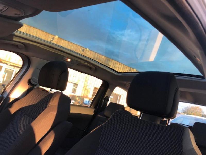 Photo 17 de l'offre de PEUGEOT 5008  1.6HDI112 5PL ALLURE GPS RADAR TOITPANO à 6990€ chez Triplo auto