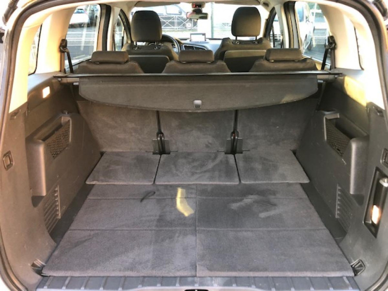 Photo 9 de l'offre de PEUGEOT 5008  1.6HDI112 5PL ALLURE GPS RADAR TOITPANO à 6990€ chez Triplo auto