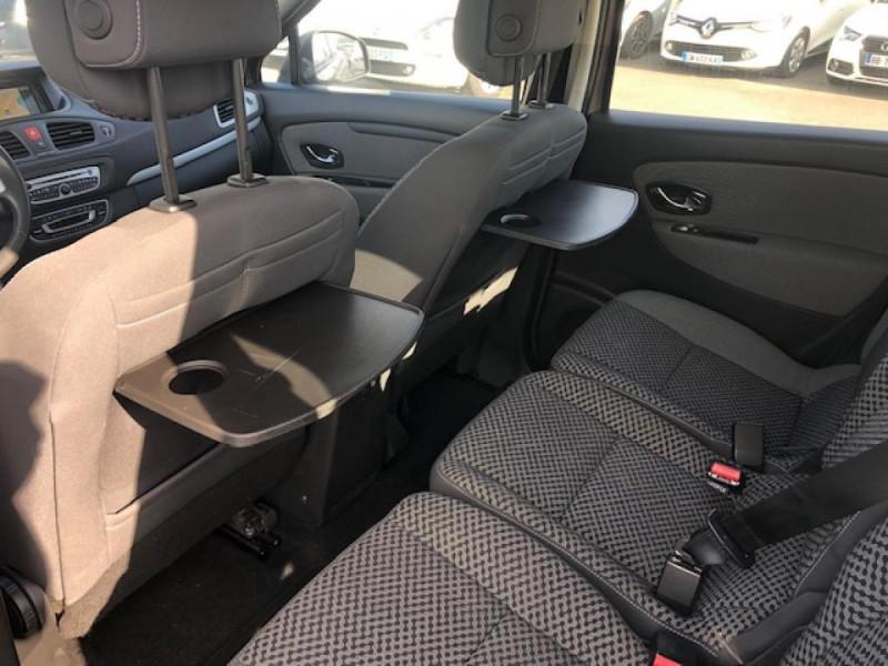 Photo 14 de l'offre de RENAULT SCENIC 1.5DCI110 EXPRESSION GPS RADAR à 6650€ chez Triplo auto