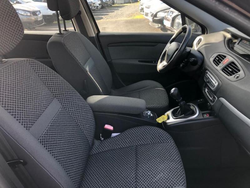Photo 9 de l'offre de RENAULT SCENIC 1.5DCI110 EXPRESSION GPS RADAR à 6650€ chez Triplo auto