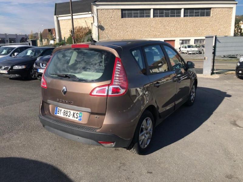 Photo 4 de l'offre de RENAULT SCENIC 1.5DCI110 EXPRESSION GPS RADAR à 6650€ chez Triplo auto