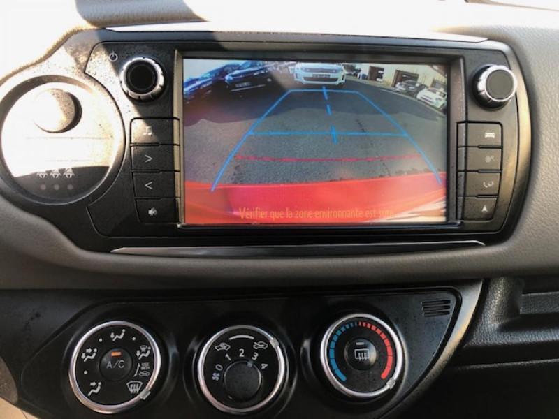 Photo 16 de l'offre de TOYOTA YARIS 1.3VVT-I100 LOUNGE GPS CAMERA RECUL à 8490€ chez Triplo auto