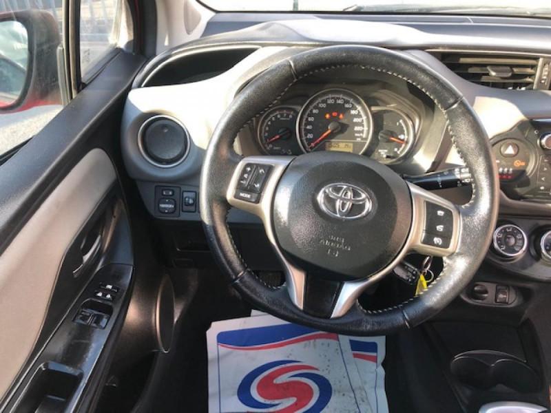 Photo 15 de l'offre de TOYOTA YARIS 1.3VVT-I100 LOUNGE GPS CAMERA RECUL à 8490€ chez Triplo auto