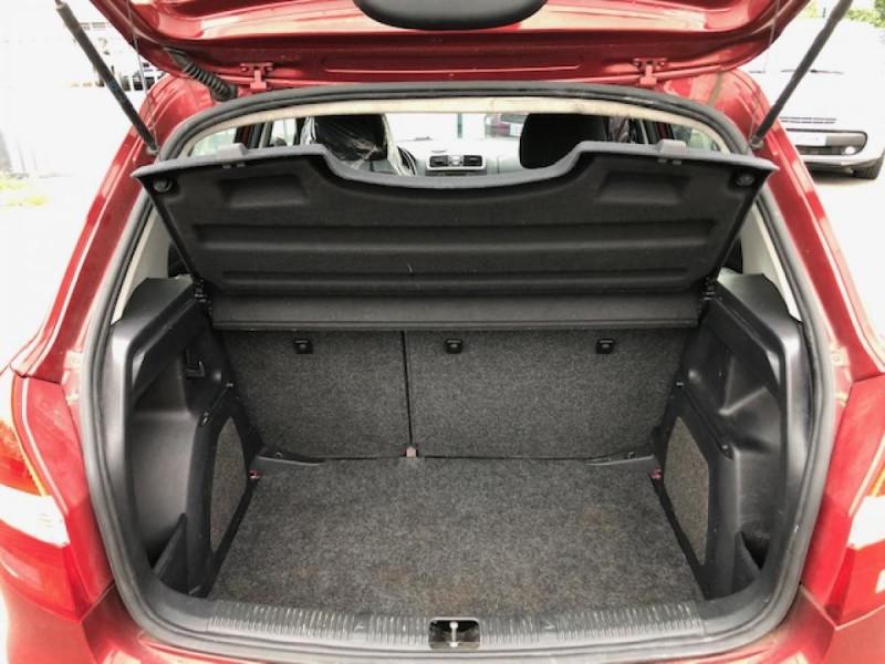 Photo 9 de l'offre de SKODA FABIA 1.2I 70  CONFORT CLIM JANTES ALU à 3990€ chez Triplo auto