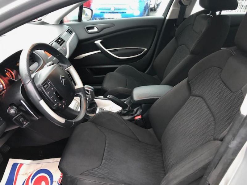 Photo 11 de l'offre de CITROEN C5 1.6HDI112 CONFORT RADAR AV AR DISTRI OK à 5990€ chez Triplo auto