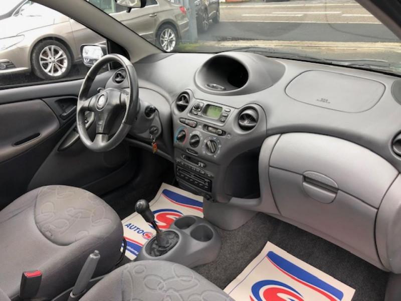 Photo 13 de l'offre de TOYOTA YARIS 1.3I 86CV LINEA LUNA CLIM  GAR3MOIS à 2990€ chez Triplo auto