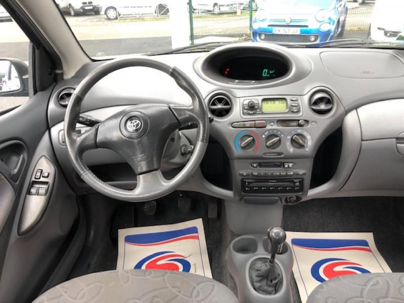Photo 14 de l'offre de TOYOTA YARIS 1.3I 86CV LINEA LUNA CLIM  GAR3MOIS à 2990€ chez Triplo auto